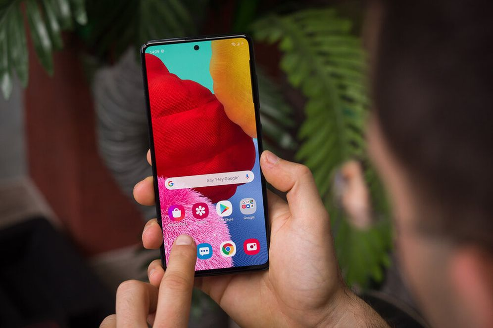 Экран Galaxy A51