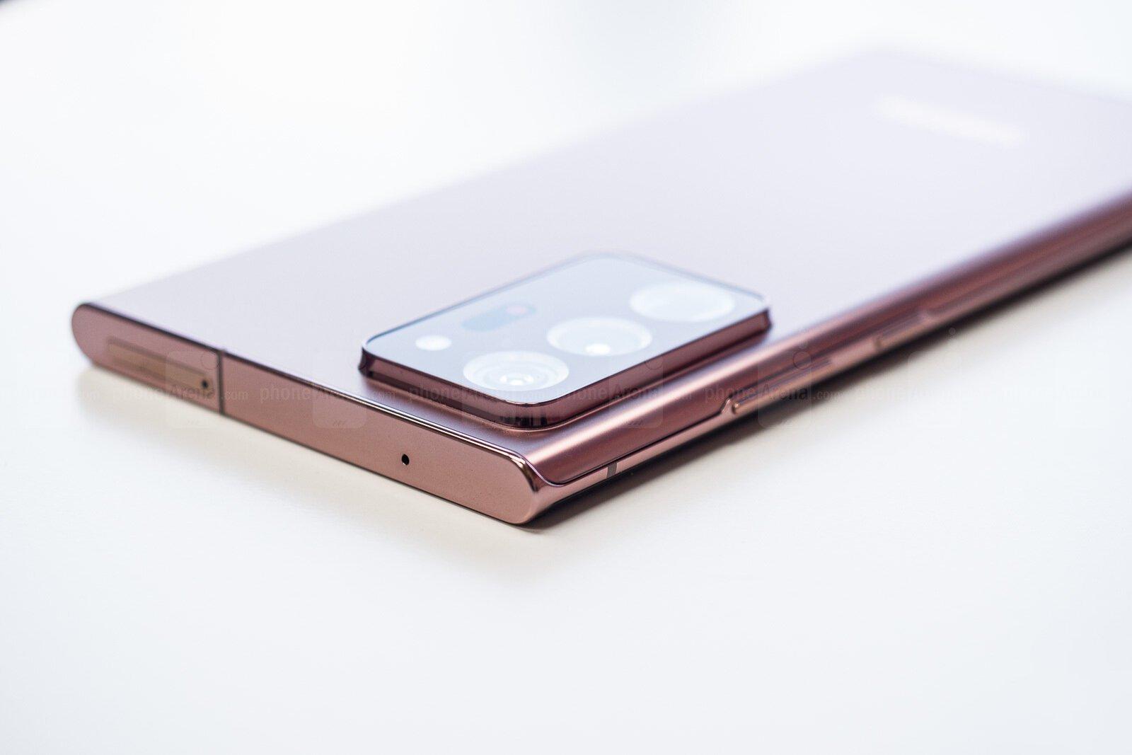 Galaxy Note 20 Ultra сзади