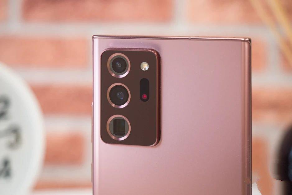 Камеры Galaxy Note 20 Ultra сзади
